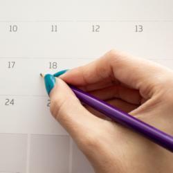 Ankreuzen eines Termins im Kalender