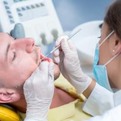 Zahn- und Zahnfleischerkrankungen vor Zahnspange behandeln lassen